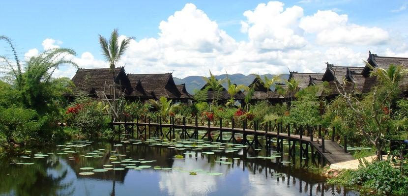 Inle princess resort burma feel good holidays for Lake front view