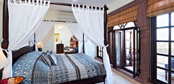 Ramathra Fort - 4.Category-1-Suite-bed.jpg