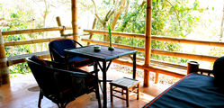 Phu Chaisai Mountain Resort - Bamboo Cottage Terrece View