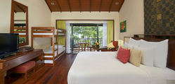 Anantara Si Kao - Deluxe-Family-Room-with-Bunkbeds.jpg