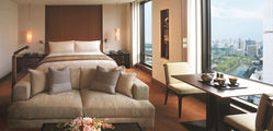 The Peninsula - Deluxe-Park-View-Room.jpg