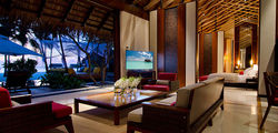 One & Only Reethi Rah - grand beach villa living room