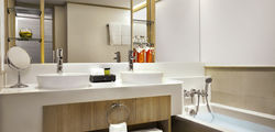 Amari Watergate Hotel - Grand Deluxe Room Bathroom.jpg