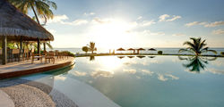 LUX* Maldives  - LMA_Pool_Veli