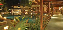 The Governor's Residence Hotel - pyan_1366x650_pool01.jpg
