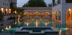 Samode Haveli - Swimming-pool.jpg